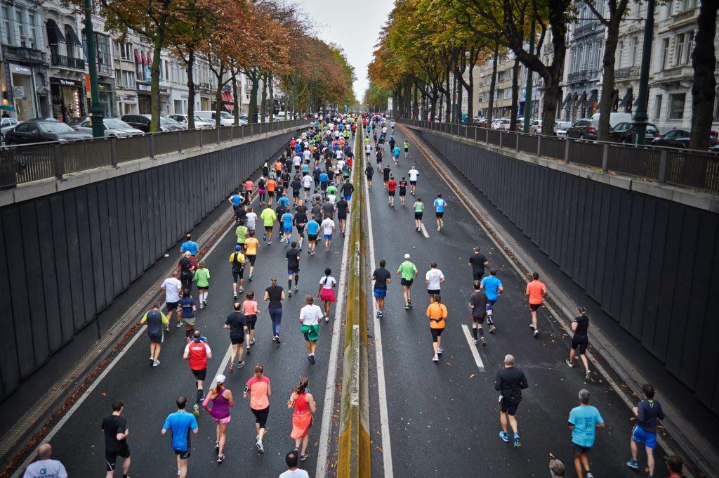 bieganie po asfalcie